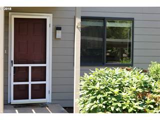 Condo for sale in 2022 LAKE ISLE DR, Eugene, OR, 97401