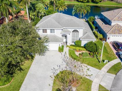 Residential for sale in 701 SW 173rd Ln, Pembroke Pines, FL, 33029