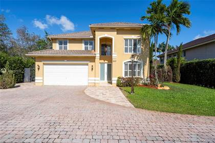 Residential for sale in 9337 SW 98th Ct, Miami, FL, 33176