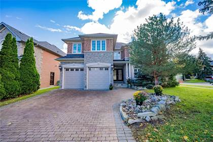 Residential Property for sale in 1 Cassandra Cres, Richmond Hill, Ontario, L4B3Z8
