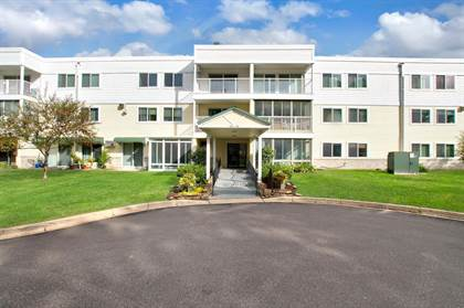 Residential for sale in 132 Demont Avenue E 118, Little Canada, MN, 55117
