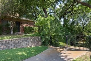 Condo for sale in 5748 Cedar Creek Drive, Benbrook, TX, 76109