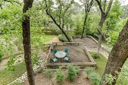 Residential for sale in 2801 Black Oak Lane, Arlington, TX, 76012