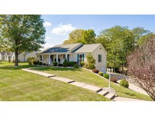 Residential Property for sale in 2236 University  Dr, Charleston, IL, 61920