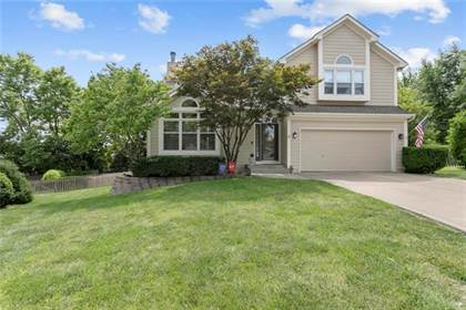 Residential Property for sale in 1125 NE Cardinal Court, Lee's Summit, MO, 64064