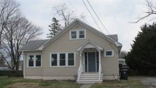 Residential for sale in 20 WOODLAND Road, Warwick, RI, 02889