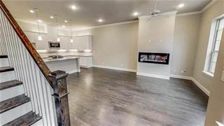 Townhouse for sale in 2953 Lindale Drive, Carrollton, TX, 75010