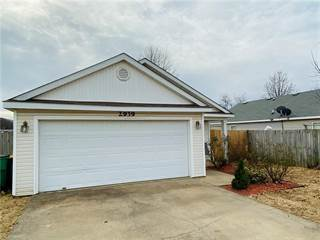 Single Family for sale in 2939 Chestnut  AVE, Springdale, AR, 72762