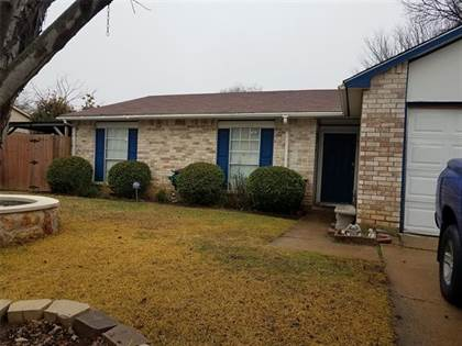 Residential Property for sale in 7004 Greenview Circle S, Fort Worth, TX, 76120
