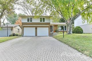 Residential for sale in 121 Runnymede Crescent, London, Ontario
