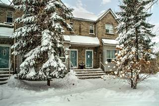 Townhouse for sale in 216 River Road East, Wasaga Beach, Ontario, L9Z 1L6