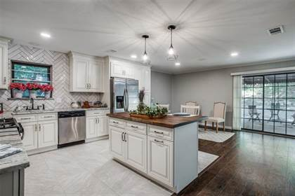 Residential for sale in 623 Cove Hollow Drive, Dallas, TX, 75224