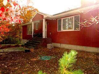 Single Family for sale in 109 Edwards Ct, Matamoras, PA, 18336