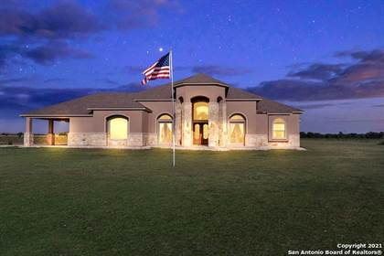 Residential Property for sale in 2400 ALLISON RD, Staples, TX, 78670