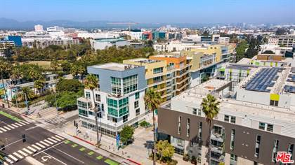 Residential Property for sale in 1705 Ocean AVE 101, Santa Monica, CA, 90401