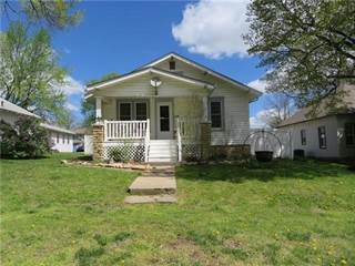 Single Family for sale in 106 E Osage Street, Paola, KS, 66071