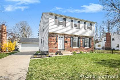 Residential for sale in 1829 Lonsdale Drive NE, Grand Rapids, MI, 49503
