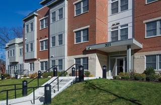 Condo for sale in 321 Hammond Pond Parkway 303, Newton, MA, 02467