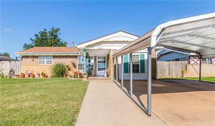 Residential for sale in 3264 S Madole Boulevard, Oklahoma City, OK, 73159