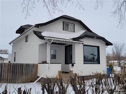 Residential Property for sale in 420 33rd STREET E, Saskatoon, Saskatchewan, S7K 0S4