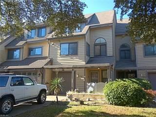 Townhouse for sale in 2311 Kingbird Lane, Virginia Beach, VA, 23455
