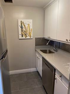 Residential Property for rent in 106 Central Park South 20D, Manhattan, NY