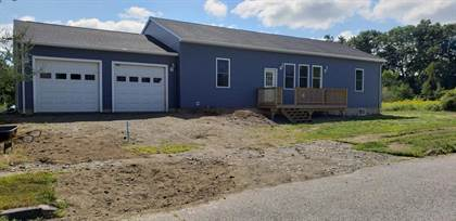 Residential for sale in 47 Hedgenettle Road, Augusta, ME, 04330