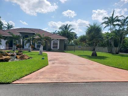 Residential Property for rent in 17014 SW 215th Ter 17014, Miami, FL, 33187