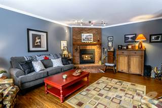 Residential for sale in 72 Sumbler Road, Welland, Ontario