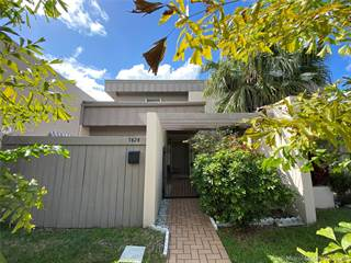 Townhouse for sale in 7424 SW 106th Pl, Miami, FL, 33173