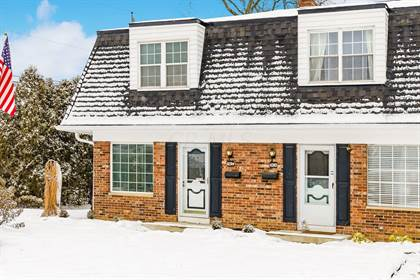 Residential for sale in 1094 Folkestone Road 13A, Columbus, OH, 43220