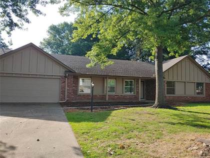 Residential Property for sale in 10045 S Lakewood Avenue, Tulsa, OK, 74137