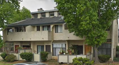 Apartment for rent in 824-882 Chinquapin Avenue, Carlsbad, CA, 92008
