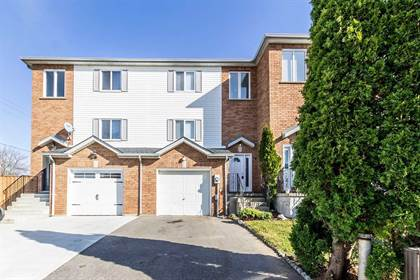 Residential Property for sale in 10 Bluerock Cres, Cambridge, Ontario, N1R7B8