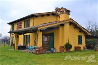 """Residential for sale in """"VILLA PATRIZIA"""", Restored BARN, only 4 km from Lucca centre., Lucca, Tuscany"""