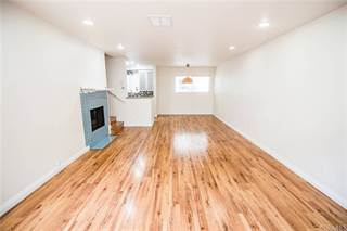 Townhouse for sale in 1747 Barry Avenue 107, Los Angeles, CA, 90025