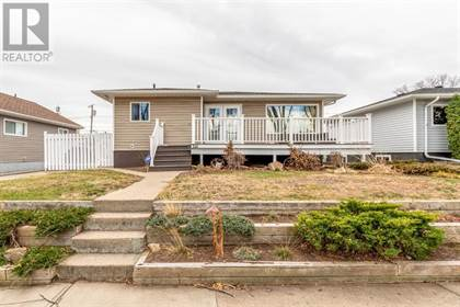 Single Family for sale in 321 8 Street SW, Medicine Hat, Alberta, T1A4L8