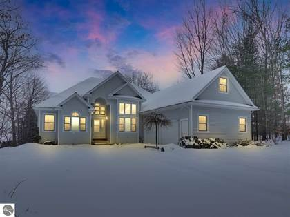 Residential Property for sale in 9405 CRESCENT SHORE ROAD, Traverse City, MI, 49684