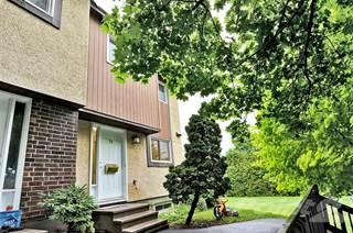 Condo for sale in 71 Bering Crescent, Ottawa, Ontario