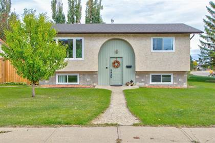 Single Family for sale in 14105 22A ST NW, Edmonton, Alberta, T5Y1E1