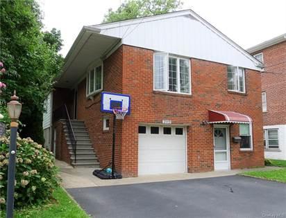 Propiedad residencial en venta en 230 Kimball Terrace, Yonkers, NY, 10704