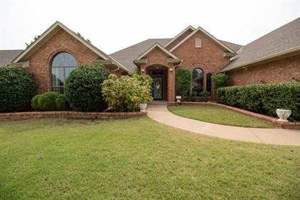 Residential for sale in 2408 Villa Lante Circle, Oklahoma City, OK, 73170