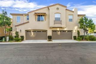 Townhouse for sale in 2233 Granby Way, San Marcos, CA, 92078