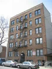 Apartment for rent in Holland Avenue, Bronx, NY, 10467