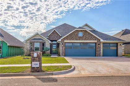 Residential for sale in 14200 Center Village Way, Oklahoma City, OK, 73078