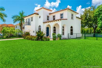 Residential for sale in 7124 SW 69th Ct, Miami, FL, 33143