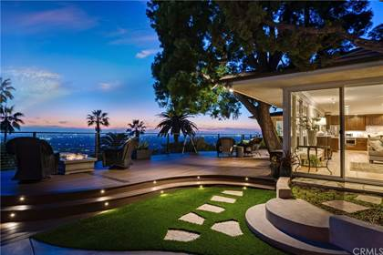 Residential Property for sale in 11402 La Vereda Drive, North Tustin, CA, 92705