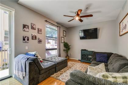 Residential Property for sale in 302 E 19th Street 4, Long Beach, CA, 90806