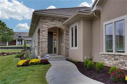Residential for sale in 12200 Walnut Street, Kansas City, MO, 64145