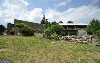 Residential Property for sale in 4670 OVERLOOK ROAD, North Whitehall Township, PA, 18037